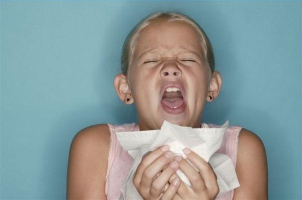 аллергия сильное чихание