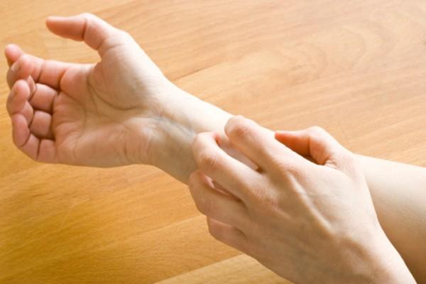 Как уменьшить зуд при аллергии