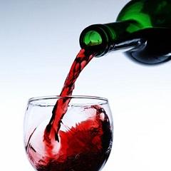 Аллергия на вино: симптомы и лечение